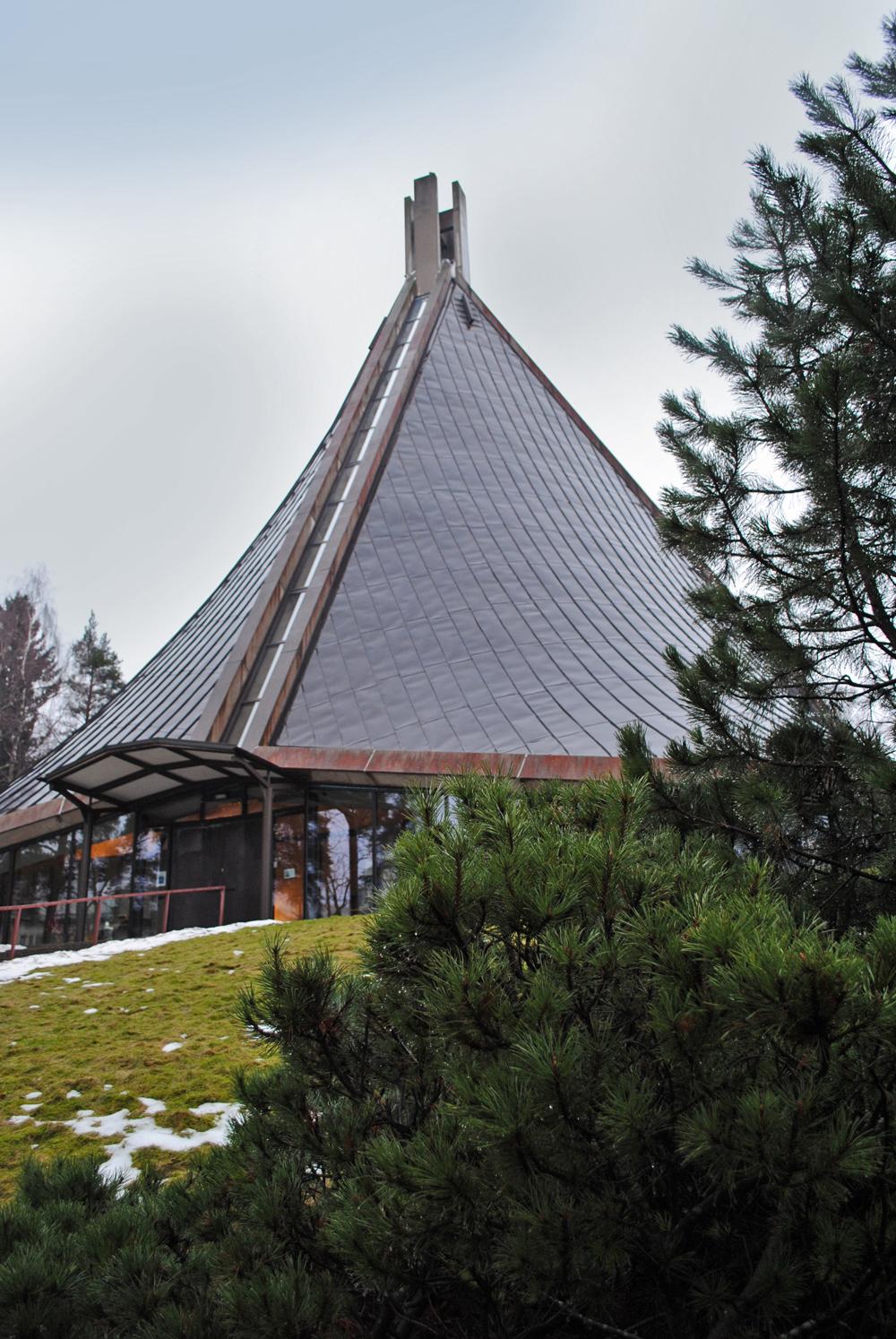 kannelmaen-kirkko
