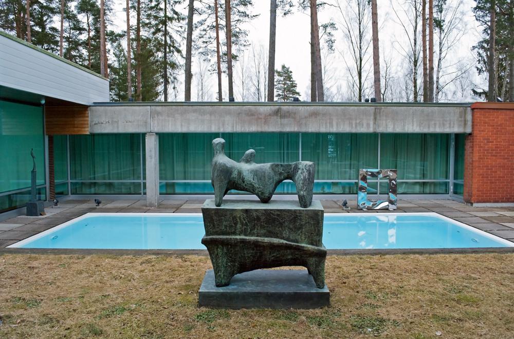 Didrichsen Henry Moore 1000.jpg