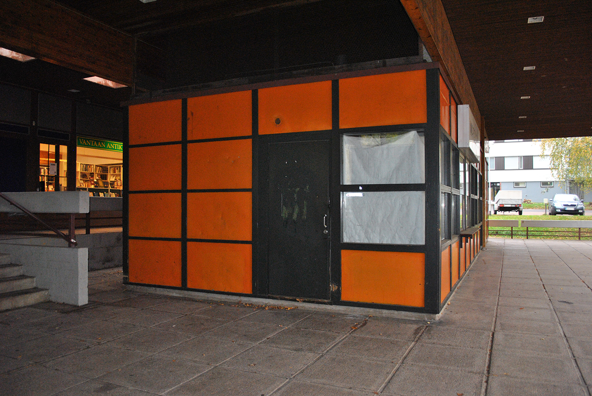 Kuohukuja ostoskeskus oranssi